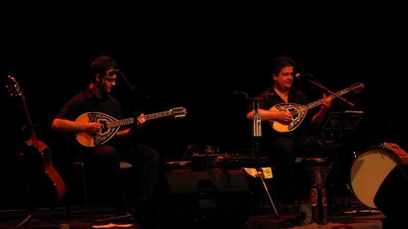 Hrisztosz & Bletskas két buzukis görög zenék a Pyrgos-tól.